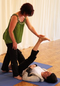 hamstring lengthening good for healthy backs